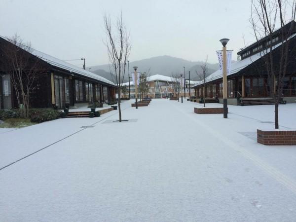 1女川駅舎_雪景色